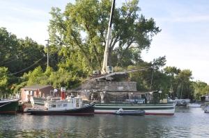 Crane work on rigging day
