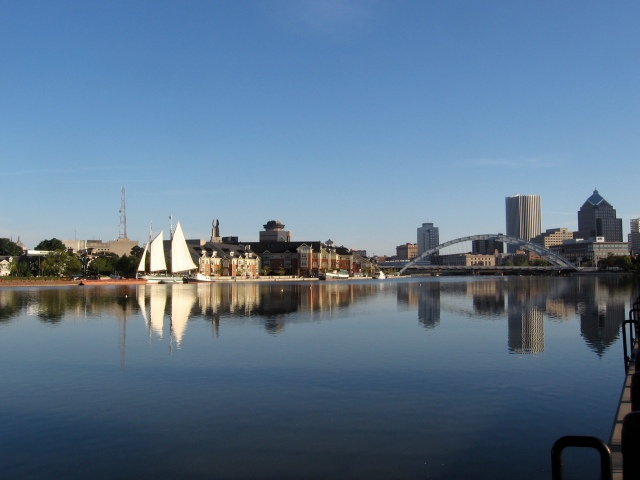 The Lois docked at Cornhill Landing in Rochester