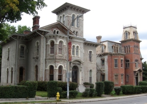 Old homes in the Historic District of Rochester