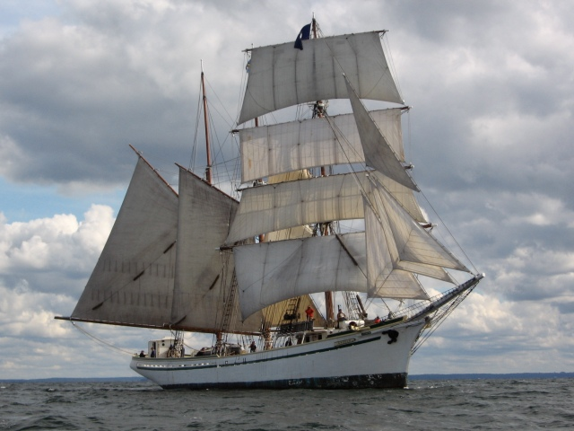 The Gazela under sail