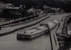 Rexford Aqueduct in use