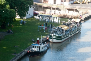 The view of the LOIS and CHURCHILL docked in Lockport (photo: Tom Larsen)