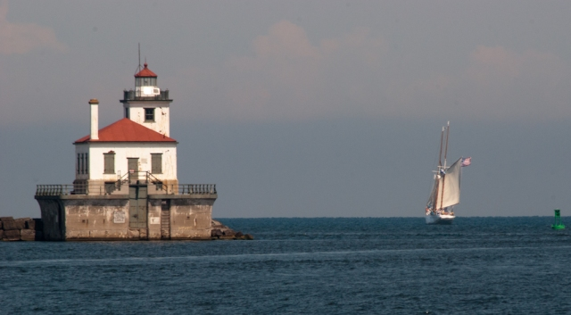 The OMF ONTARIO sailing out of Oswego Harbor (photo: Tom Larsen)