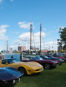 Car show in Valleyfield (photo: Tom Larsen)